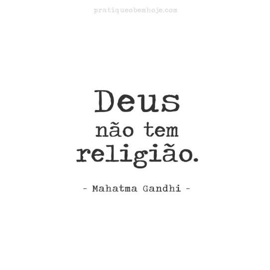 Deus não tem religião